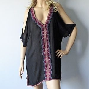 O'Neill NWT Cyrus Cold Shoulder Cover Up